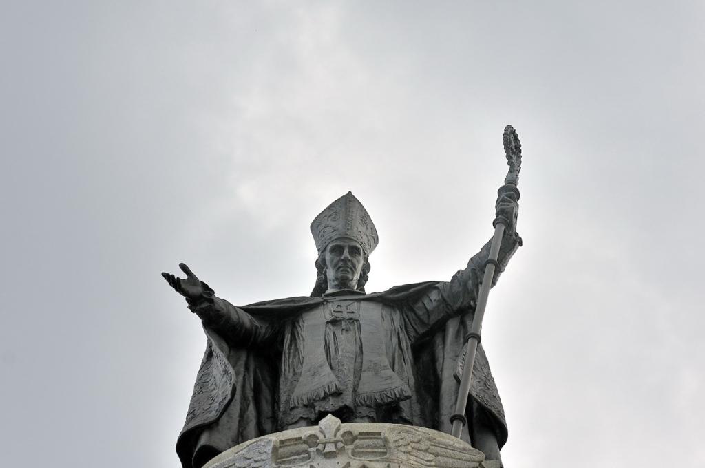 Statue de Mgr de Laval à Québec