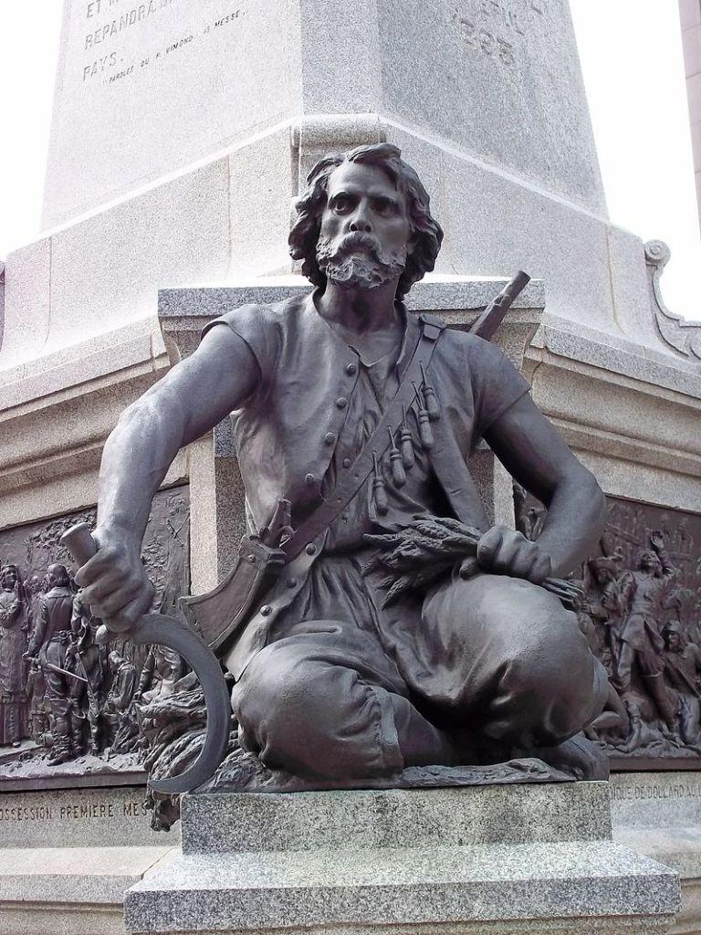 Bronze représentant Charles Le Moyne, faisant partie du monument à Maisonneuve situé à la Place d'Armes, œuvre de Louis-Philippe Hébert
